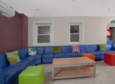Sprachaufenthalt Australien, Sydney - Langports Sydney - Accommodation - Potts Point Student Apartments - Wohnzimmer