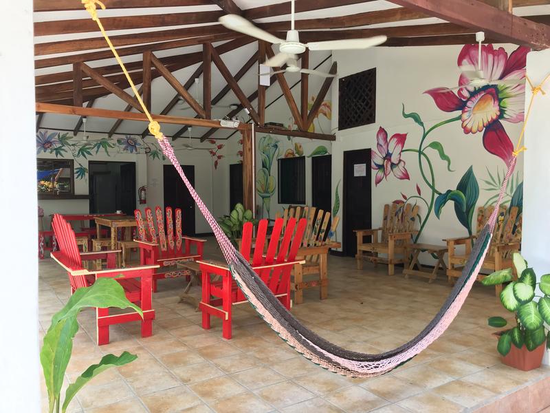 Sprachaufenthalt Costa Rica - Sàmara - Intercultura - Accommodation - Residenz Sàmara - Terrasse