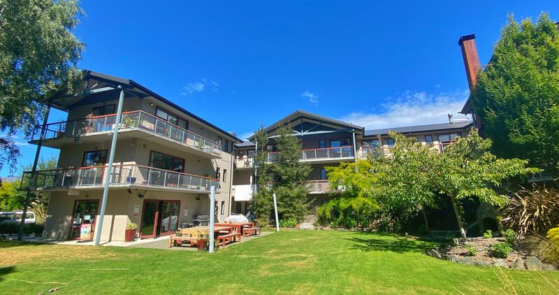 Sprachaufenthalt Neuseeland, Queenstown - ABC College of English Queenstown - Accommodation - Apartment - Shotover Lodge - Gebäude