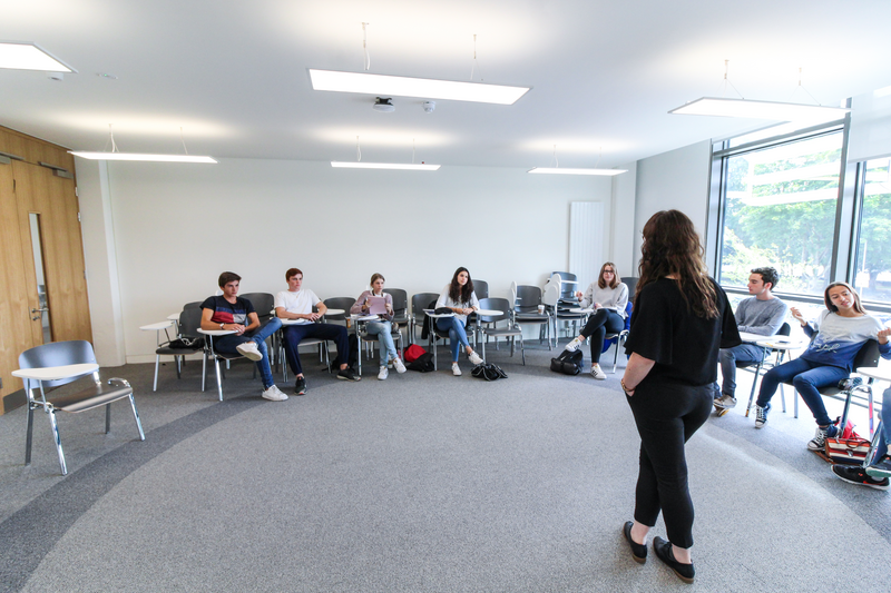 Sprachaufenthalt Irland, Dublin - Apollo Language Centre Maynooth University - Lektionen