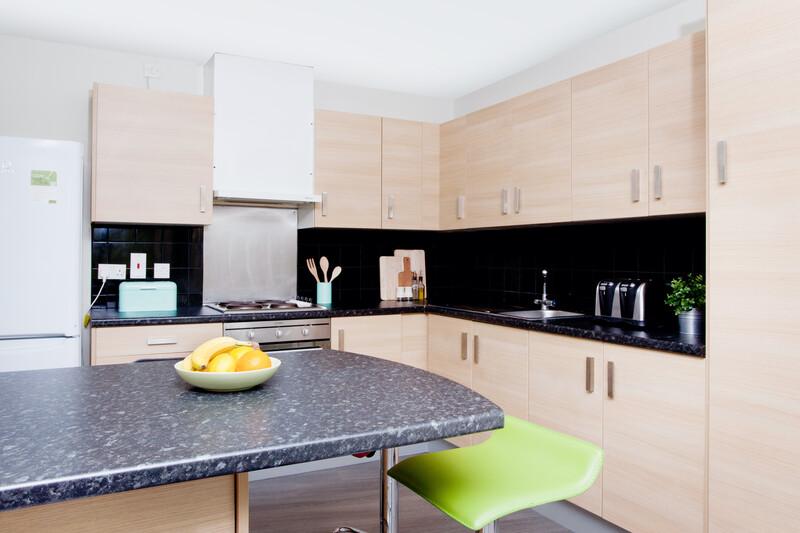 Sprachaufenthalt England, Bristol - English Language Centre ELC - Accommodation - Summer University Residence - Küche