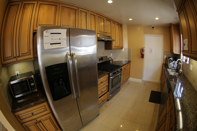 Sprachaufenthalt USA, Santa Monica - CEL Santa Monica - Accommodation - Shared Apartment Standard - Küche